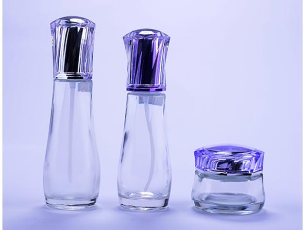 8c53564ab الجرار الزجاجية كريم يتوهم زجاجات الزجاج واضحة مع أغطية الأرجواني